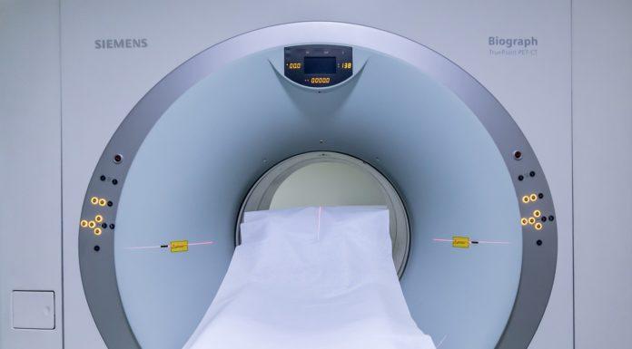 rezonans magnetyczny warszawa